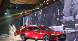 Mazda3 2020 ra giá ở hạng xe cao cấp