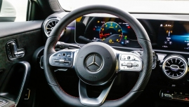 "Thử hết ga với ""bé gấu"" Mercedes-Benz A35 AMG"