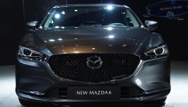 New Mazda6 công bố giá đè bẹp Camry và Accord