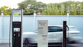 """Hãng xe đồng loạt tuyên bố ngày dừng sản xuất xe """"xăng"""" chuyển sang xe điện"""