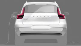 Volvo XC40 chạy điện bất ngờ ra mắt